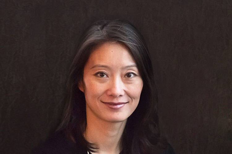 Helen Lin | Chief Product Officer | ComplySci